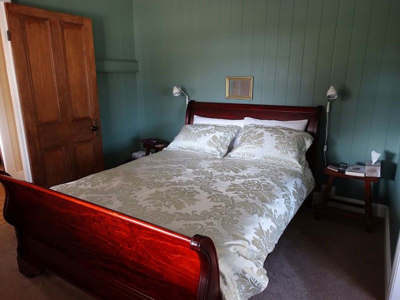 Loughmore House & Cottage