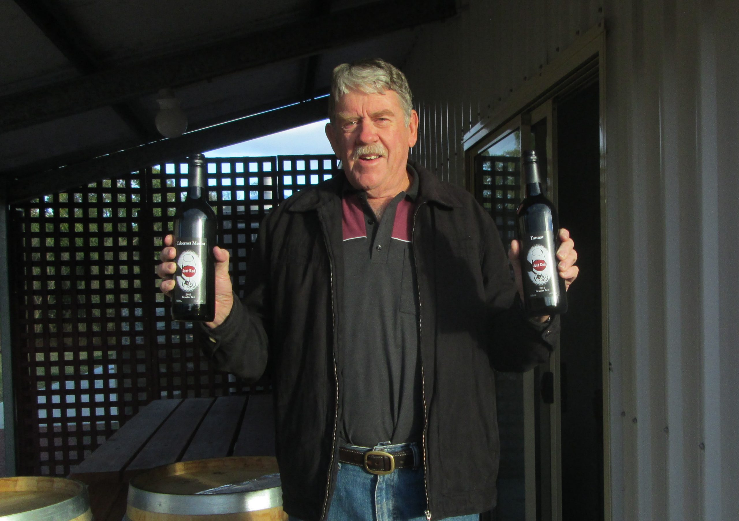 Winemaker: Tony Hassall